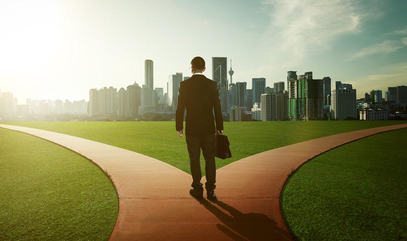 Döntés két út között, ebben segít az önismeret